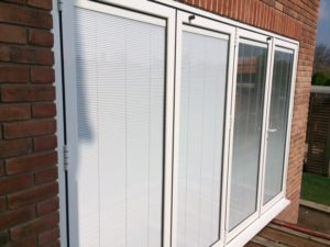 aLUK SYSEM WITH INTEGRAL BLINDS
