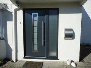 Aluminium front door warwick
